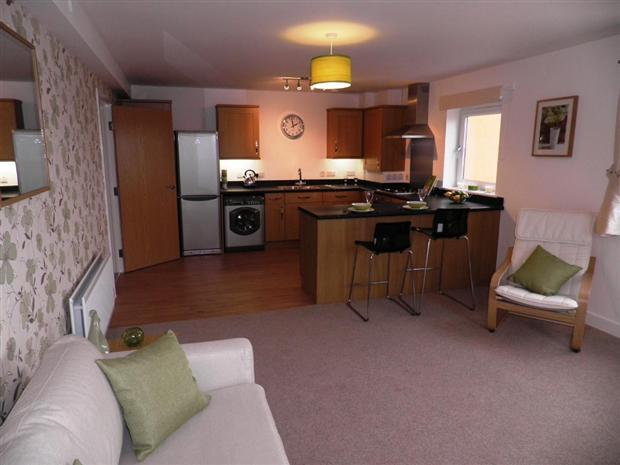 2 Bedroom Apartment For Sale In Waterside House Taunton Ta1
