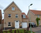 4 bedroom Detached house in Pottersfield...
