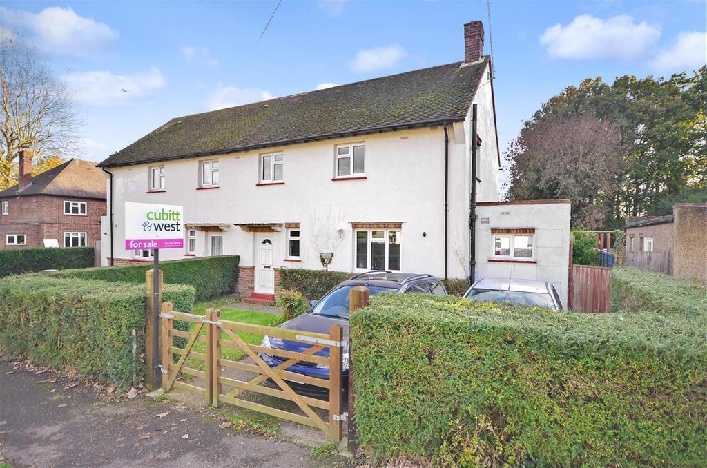 3 Bedroom Semi Detached House For Sale In Careys Wood Smallfield Horley Surrey Rh6
