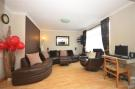 3 bedroom Terraced house for sale in Chigwell, Essex