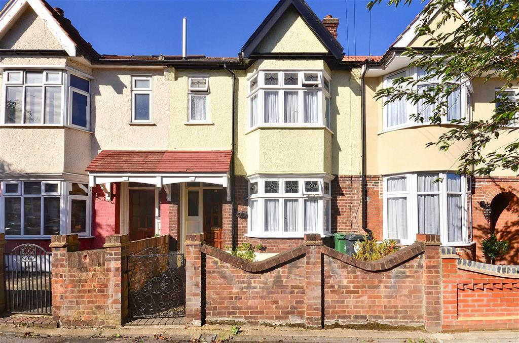 Front Elevation Of Houses In London : Bedroom terraced house for sale in woodstock road