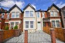 2 bed Ground Flat for sale in Leytonstone, London