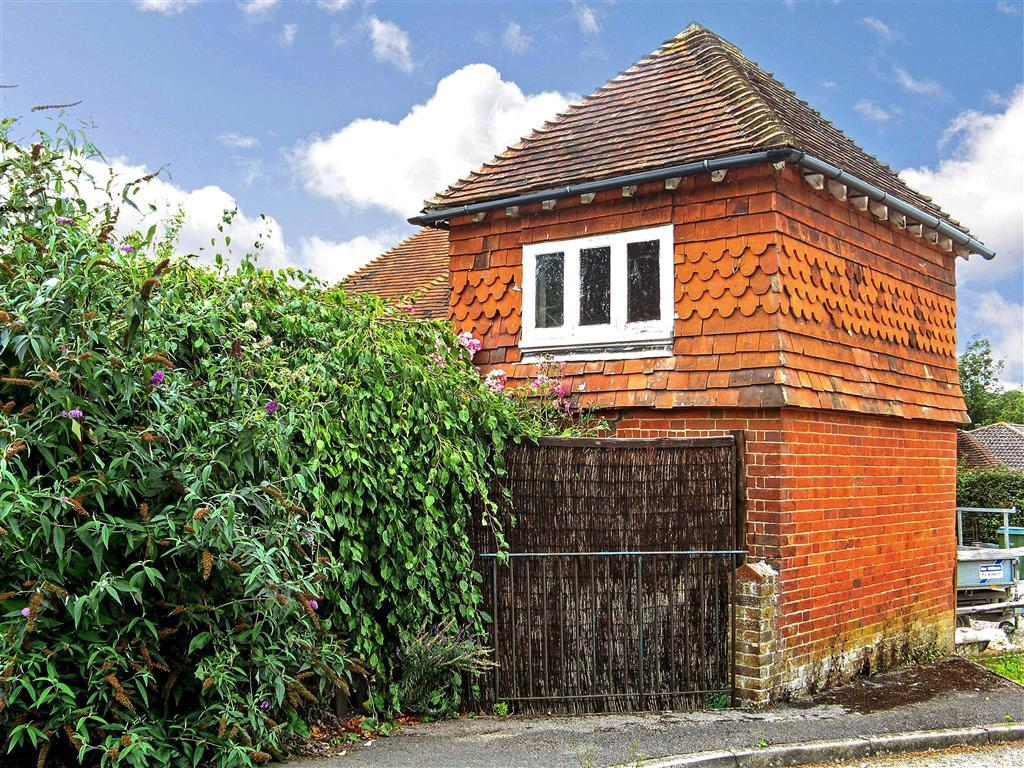 4 Bedroom Detached House For Sale In Forge Lane