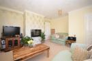 5 bedroom semi detached home in Kitbridge Road...