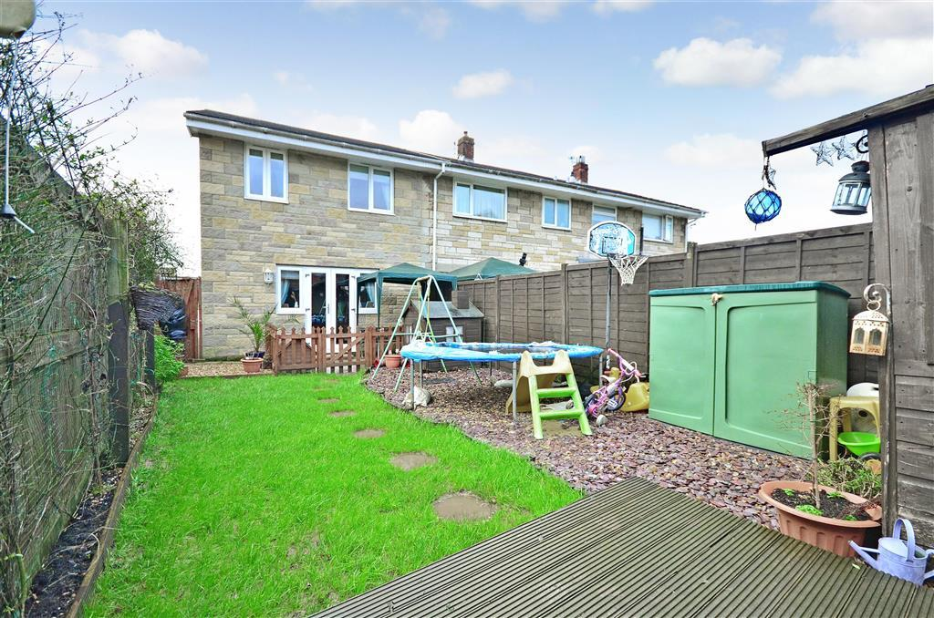 3 bedroom end of terrace house for sale in westmill road for Use terrace in a sentence