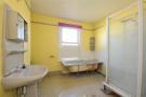 B athroom