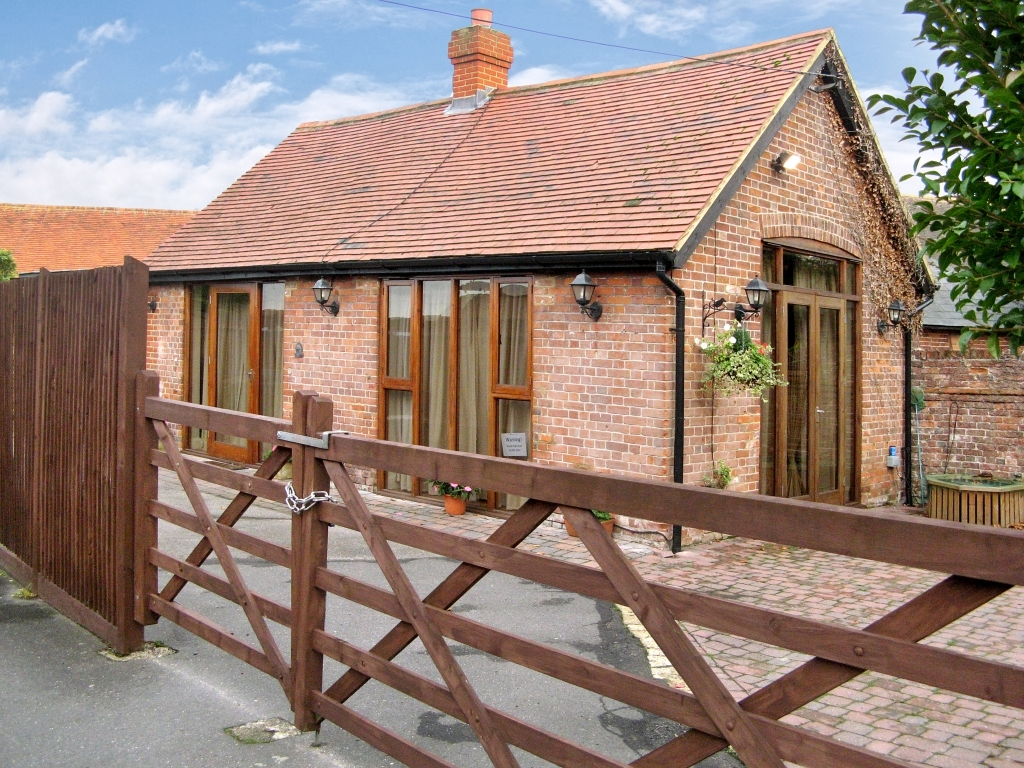 1 Bedroom Barn Conversion For Sale In Shorne Kent Da12