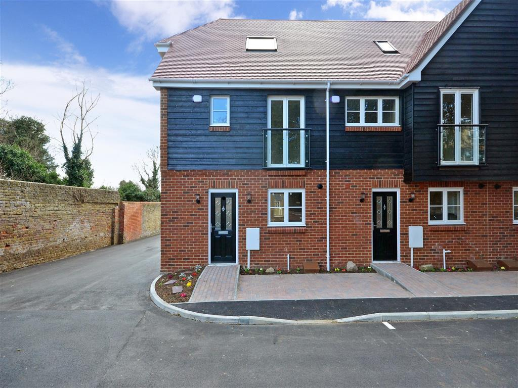 3 bedroom mews house for sale in pegwell road ramsgate kent ct11