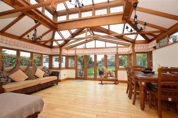 Conservatory/ Family Room