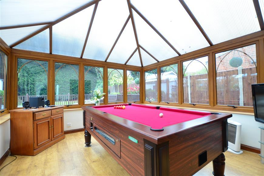 Conservatory/ Games Room
