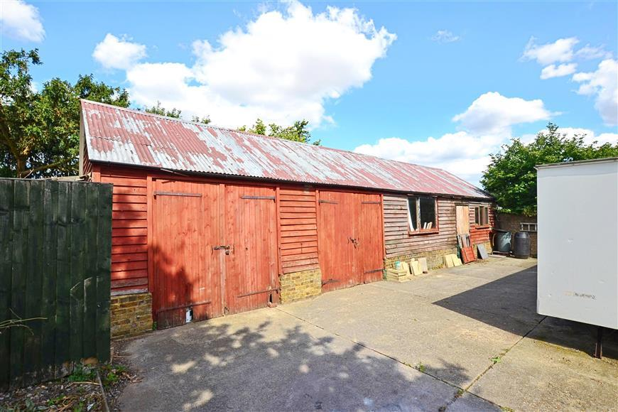 Workshop/Outbuildings