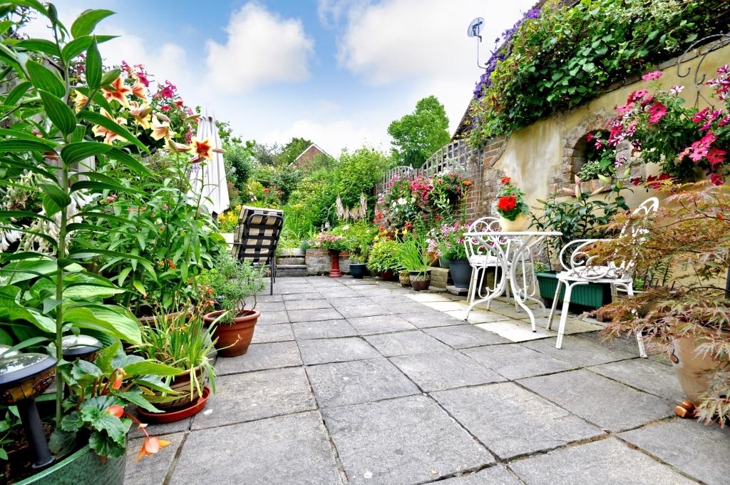Garden (Original)