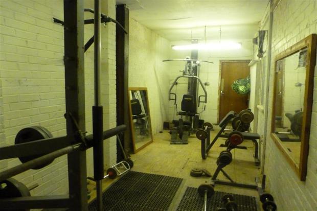 Garage/Gym