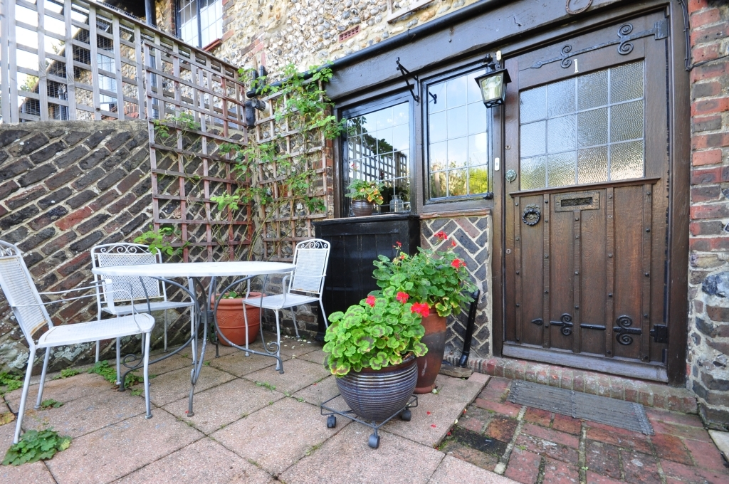 2 Bedroom Barn Conversion For Sale In Southwick West