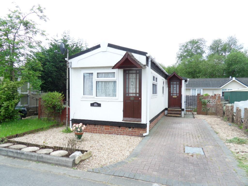 1 Bedroom Mobile Home For Sale In Mytchett Farm Park