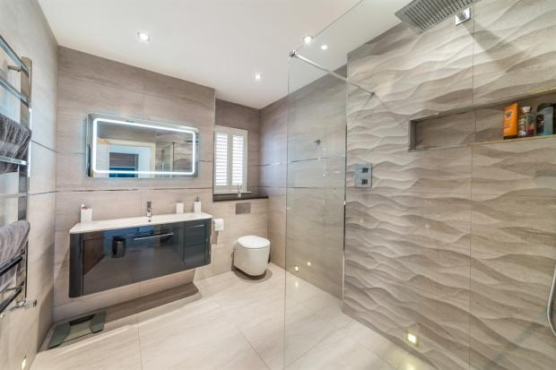 Family Bathroom / Wet Room
