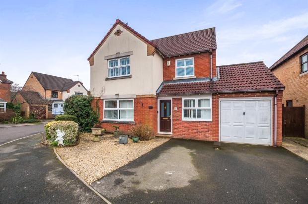 5 bedroom detached house for sale in white acres drive holyport maidenhead sl6