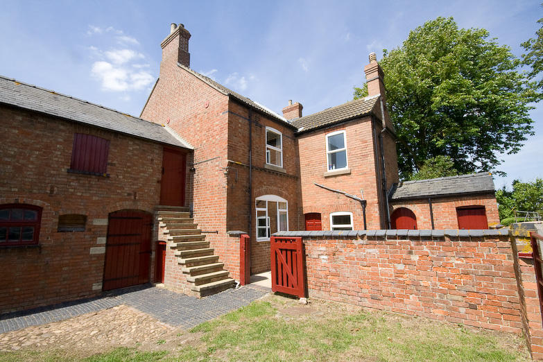 5 Bedroom Farm House For Sale In Wymondham Road Saxby