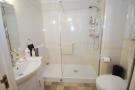 Modern Shower Rm