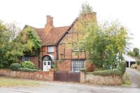 6 bed Detached home in High Street South...
