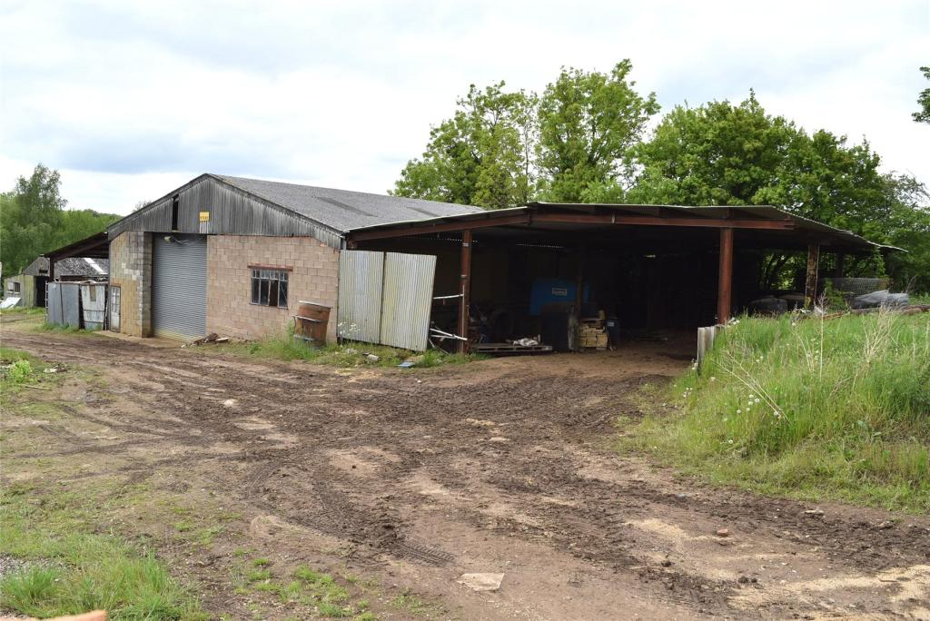Barn & Outbuildings