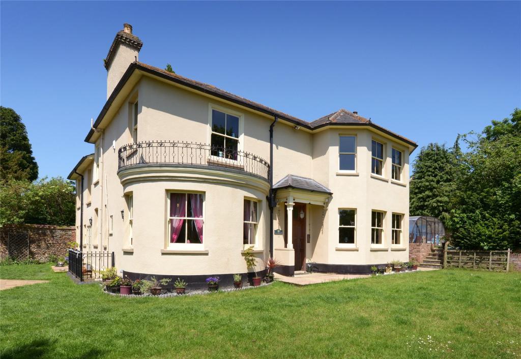 5 Bedroom Detached House For Sale In Oakbank Drive Leighton Buzzard Lu7