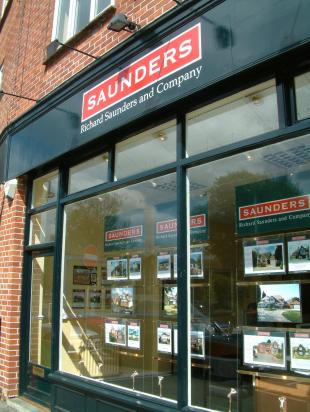 Richard Saunders and Company, Bansteadbranch details