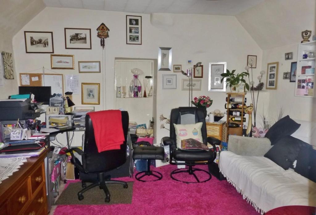 Bedroom Three/Sittin