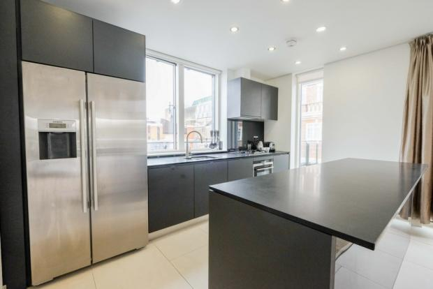 Kitchen 01