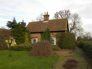 Cottage for sale in Main Road, Uttterby
