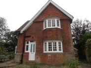 Burgh semi detached house to rent