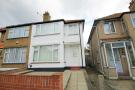 3 bed house in Beresford Avenue, Hanwell