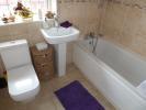 UPSTAIRS BATHROOM/WC
