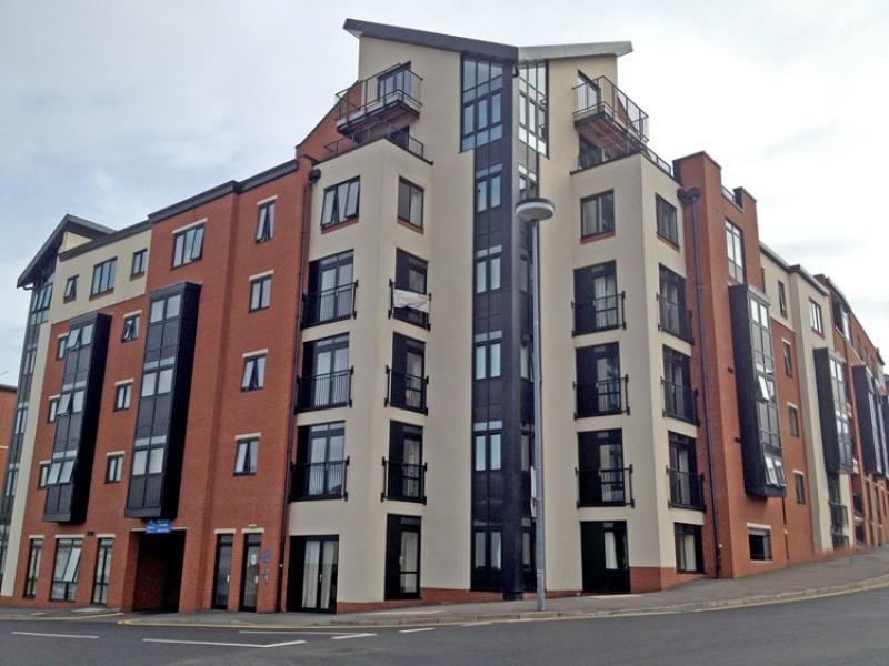 2 bedroom apartment to rent in arena view birmingham b1 for Bedroom apartments birmingham