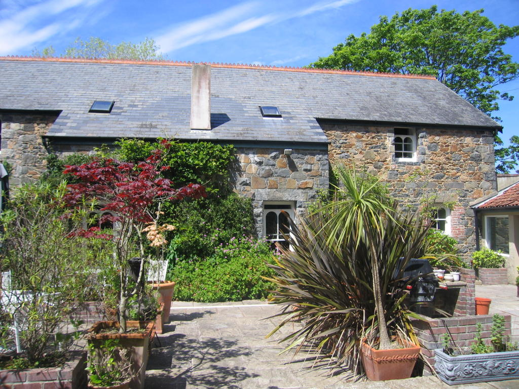 6 Bedroom Detached House For Sale In St Saviour Guernsey Channel Islands Gy7