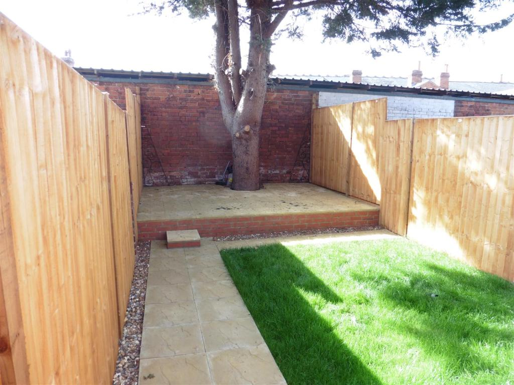 back garden 2.JPG
