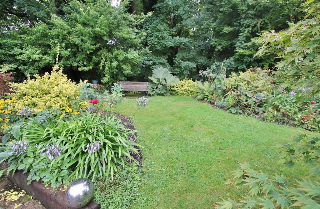Gardens 3.JPG