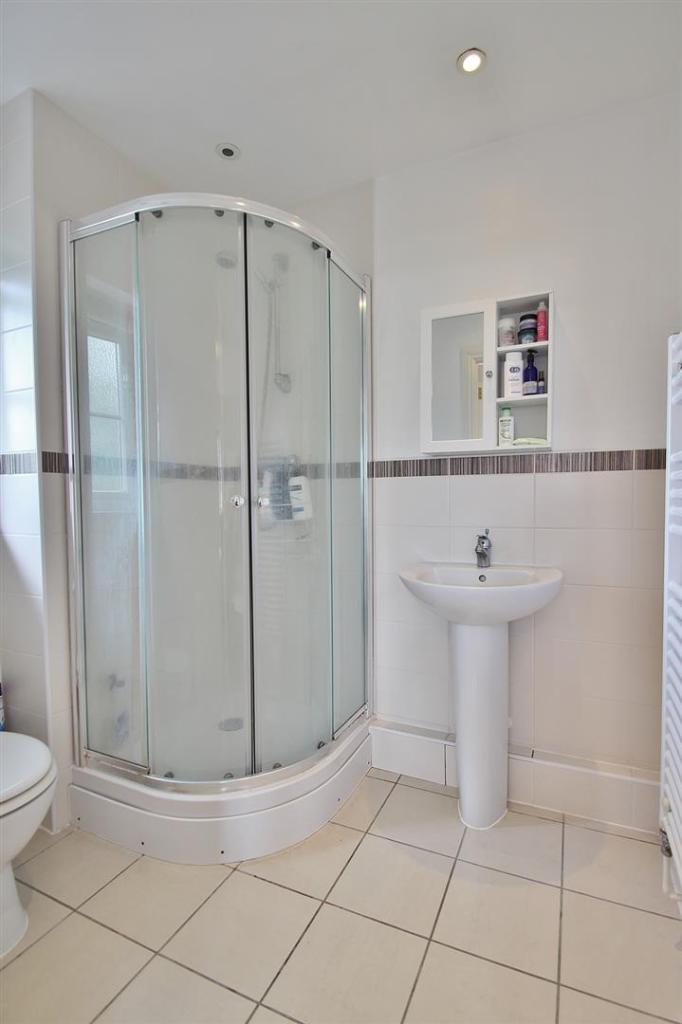 En-suite Shower.JPG
