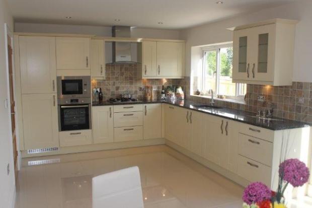 Sample kitchen.jpg