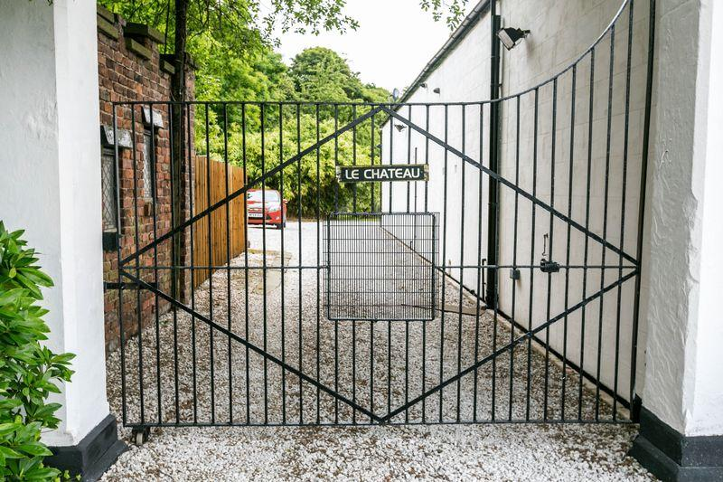 Private gates