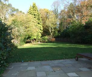 photo of garden and patio paving