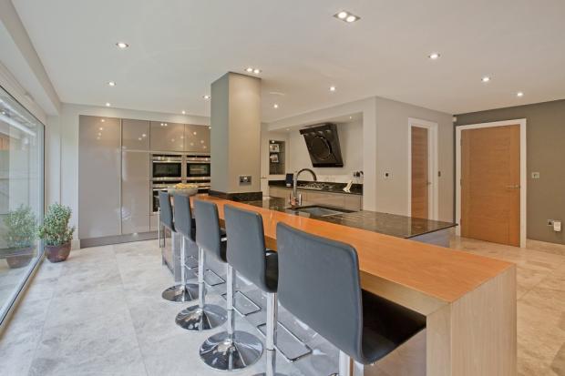 Dining Kitchen(1)