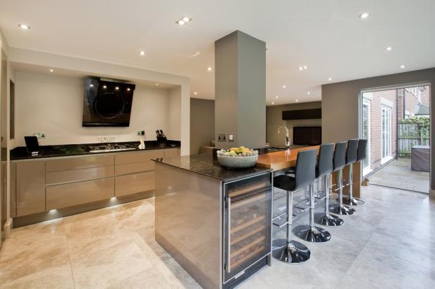 Dining Kitchen(3)