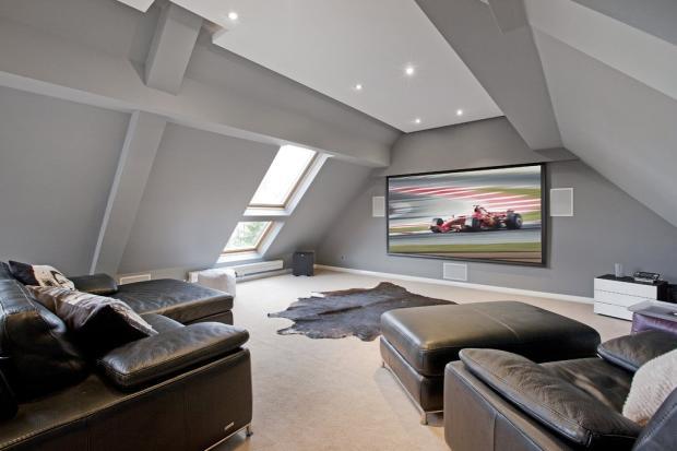 Loft Room(2)
