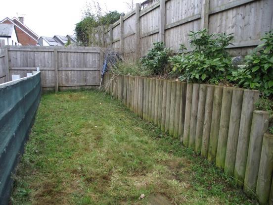 Part rear garden