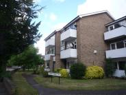 Flat to rent in Surrey Lodge...