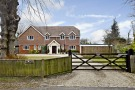 Detached home in Aston Rowant, WATLINGTON...