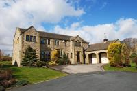 5 bed Detached home in Hartfield, Honley...