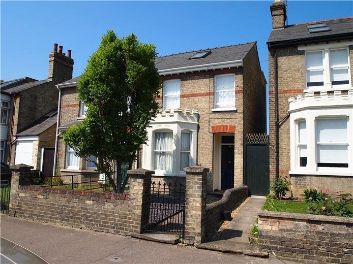 3 bedroom semi detached house for sale in victoria park cambridge cb4 for 3 bedroom house for sale in cambridge