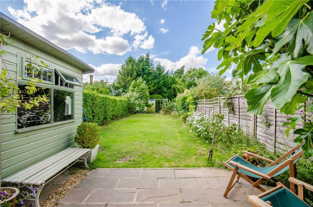 3 Bedroom Semi Detached House For Sale In Garden Fields